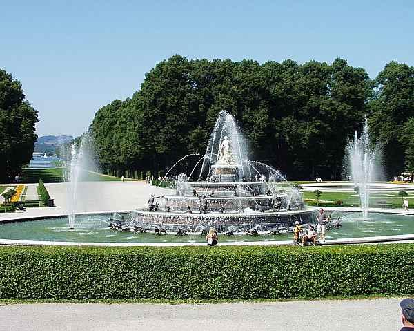 Latona Brunnen
