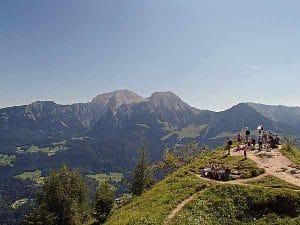 Grünstein, Gipfel mit Bergpanorama