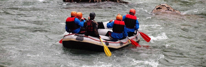 Rafting für wichtige Teamprogramme sowie zum Teambuilding