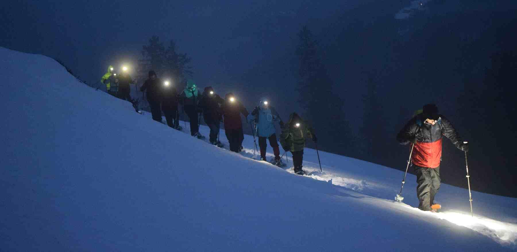 Schneeschuhtour bei Nacht